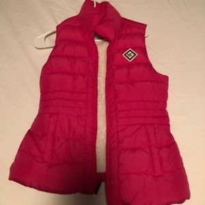 pink vest from hollister